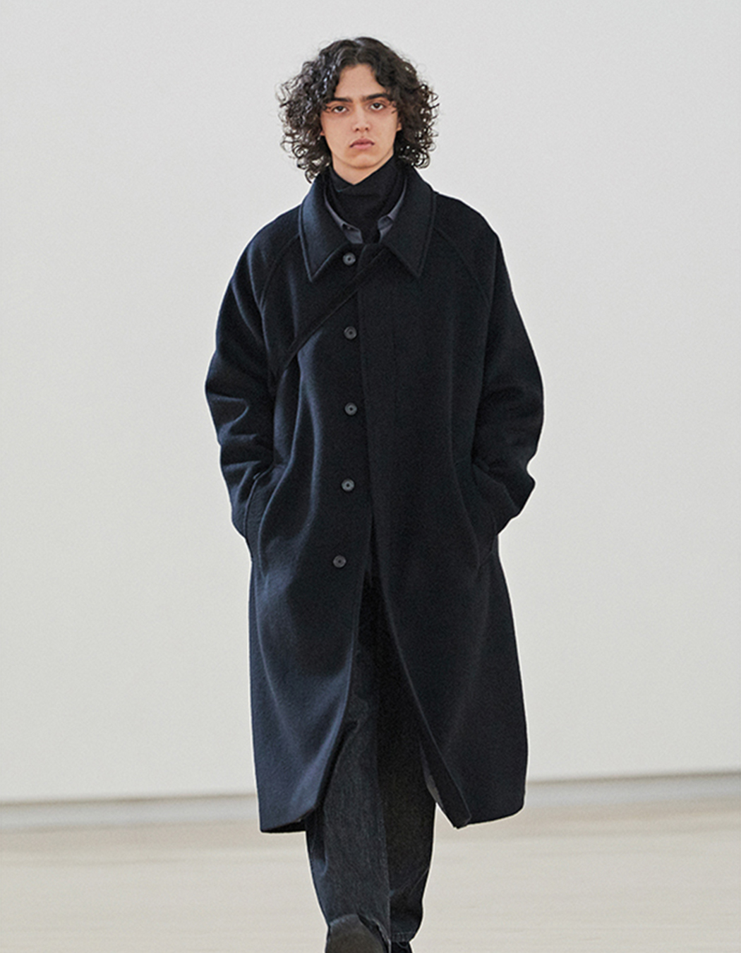 Brown Yard - Balmacaan Coat